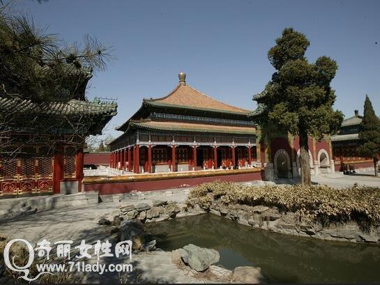 北京北海公园旅游攻略