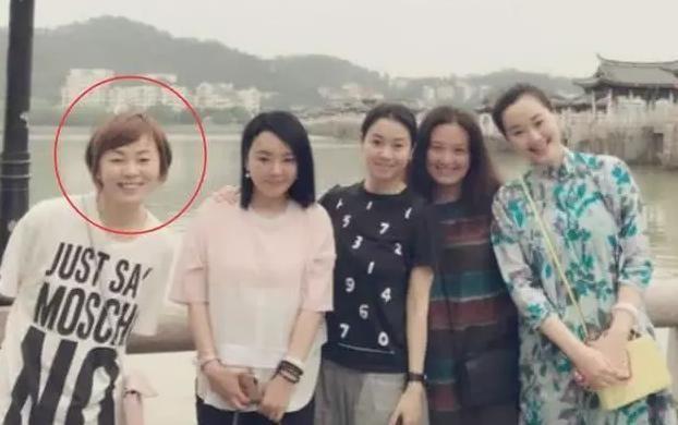 黄渤老婆_张嘉译,朱亚文,黄渤这三位明星的老婆,差距真不是一般